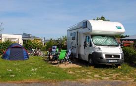 C'est dans les Ardennes, à côté de Signy-le-Petit, que vous découvrirez le camping 5 étoiles du D...