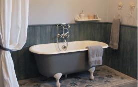 salle de bain angevine ouverte sur chambre