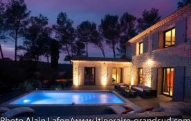 Villa à SAINT CLEMENT DE RIVIERE