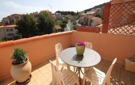 FR-1-309-2 - Agréable appartement, très bien situé à deux pas du port de plaisance, avec terrasse...