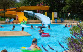 Capfun - Camping Le Merle Roux, 100 emplacements, 108 locatifs