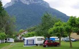 Camping Le Verger Fleuri, 75 emplacements, 25 locatifs