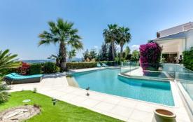 Magnifique vue sur la Baie de Nice