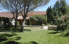 La Pinède est une maison de vacances attrayante a Saint Martin du Crau. Paix et tranquillité y so...