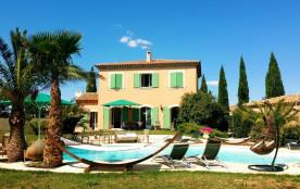 Villa provençale au coeur des vignes
