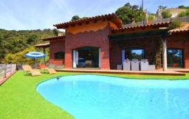 Villa CV POLI