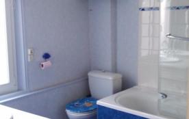 2 ème étage/salle de bains