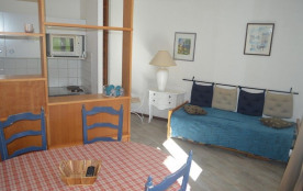 Appartement d'environ 48 m² au deuxième étage d'une résidence au pied des pistes.