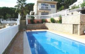 Villa 13-14 pers avec piscine privée