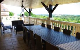 terrasse couverte table alu 3m, 10 chaises, 3 canapés 2 places table basse
