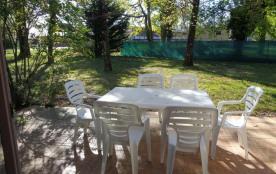Terrasse 18m² avec salon de jardin