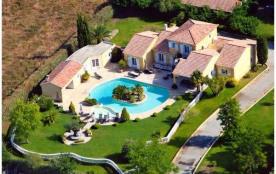 Location Maison Aleria Haute Corse 15 personnes dès 2.400 euros par semaine