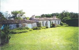 Charmante maison de campagne à 5 Km des plages (Région Soulac)
