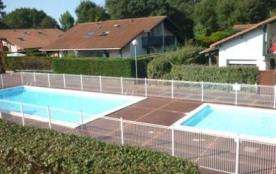 Résidence Les Estivales - Villa-patio avec piscine collective.