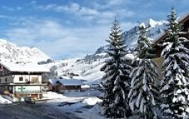 Appartement 3 pièces de 35 m² environ pour 6 personnes, la résidence Les Charmettes est située da...