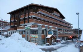 Apt Coeur station, arrivée à skis, chaleureux et fonctionnel