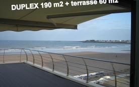Sur la MER-la plage(sans voiture devant)