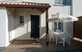 200m bord de mer, jolie maison en résidence bien tenue avec piscine collective