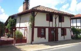 FR-1-360-16 - Chez Annette