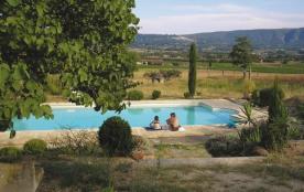 Gîte avec piscine en Provence, au cœur du Parc du Luberon proche de Gordes entre Goult et Roussillon - Goult