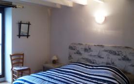 chambre 1er étage deux lits collés