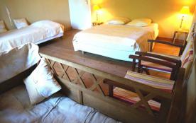 Chambre 2 personnes + 2 lits enfant