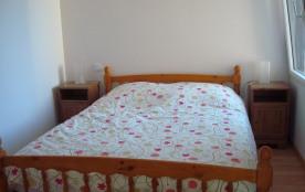 Chambre avec lit 1m40