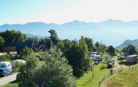 Camping du Col, 40 emplacements, 8 locatifs