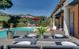 squarebreak, Villa de charme avec piscine sur la Côte-d'Azur