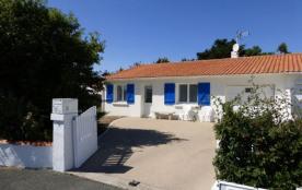 Maison 4 pièces de 70 m² environ pour 6 personnes située à environ 1 km 500 du centre de la stati...
