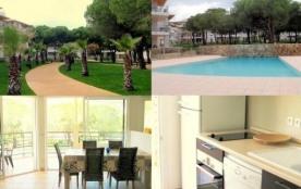 T3 de charme à Calvi - Corse - France, calme, piscine, gardien, plages ,garage, internet inclus .