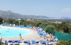 Magnifique appartement  50 m2 pour 6/7 pers. dans résidence calme, avec Piscine, Tennis, parking sur golf Calvi - Lumio