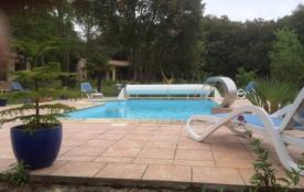 Gîte calme près Carcassonne avec piscine