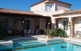 Villa à SAINT LAURENT D'AIGOUZE