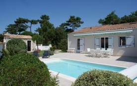 Ile d'Oléron - Jolie Villa avec piscine, en lisière de forêt, proche de la plage