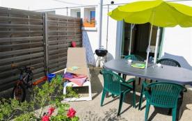 Appartement situé près du camping du village de cromenach à Ambon.