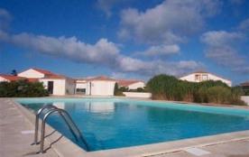 FR-1-357-37 - Pavillon de vacances T3, dans résidence avec piscine