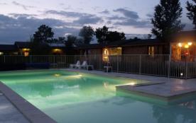 Sophie et Thomas auront plaisir à vous accueillir dans leur camping 3 étoiles situé en Aveyron, a...
