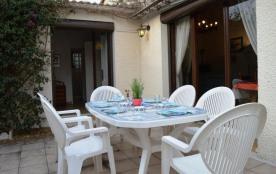 Résidence Les Villas du Port, villa 4 pièces sur un quartier résidentiel et calme.