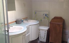 salle de bains; double vasque +douche