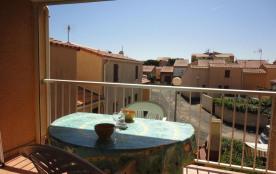 Saint Pierre la Mer (11) - Quartier des Embruns - Résidence la Frégate I. Appartement studio mezz...