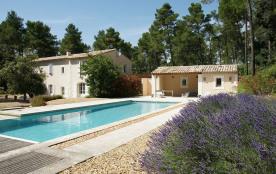 Splendide propriété provençale pour 8 personnes, piscine privée, parc non clos