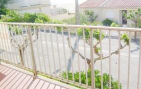 """Appartement 3 pièces premier étage, Résidence """"Les Ondines"""" à Saint Pierre, situé à 2 pas de la p..."""
