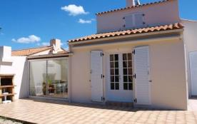 300M MER - Jolie maison T4 tout confort - PROXIMITE COMMERCES, SENTIER COTIER ET PLAGE / 6 personnes