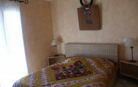 Une autre chambre de la villa 2