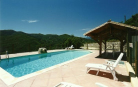 pour 6 pers. avec piscine, Saint-Julien-de-la-Nef