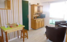 Saint Hilaire de Riez (85) - Quartier les Becs - Résidence Le Constellation. Appartement 2 pièces...