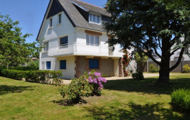 Maison de vacances rustique à 400m mer et 100m commerces, à Trégastel, rue de Poul Palud.