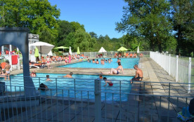 Camping Audinac les Bains, 115 emplacements, 60 locatifs