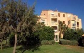 Appartement 2 pièces de 26 m² environ pour 4 personnes au premier d'un immeuble de 3 étages situé...
